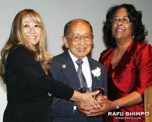 "Miyatake accepts the award from Frances Hashimoto, left, and Councilwoman Jan Perry. ""Thank you so much… I am really speechless,"" said Miyatake, expressing his gratitude to JACCC, his family and community for support."