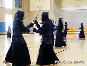 Kendo is the martial art of sword fighting. Members of Team USA practice their techniques. (Photos by NAO GUNJI/Rafu Shimpo)