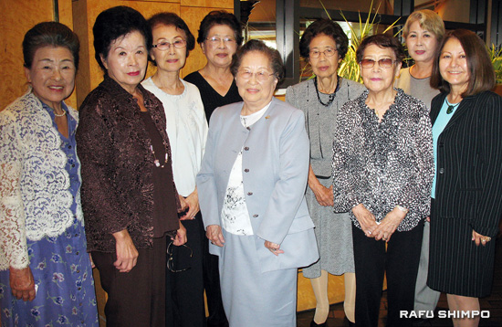 Members of the Japanese Women's Society announce plans to celebrate its 105th anniversary on Nov. 1 at the Kyoto Grand Hotel in Little Tokyo. (GWEN MURANAKA/Rafu Shimpo)