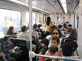 「快適な旅」を満喫する乗客