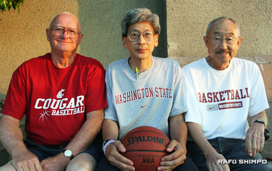 "Jeff Hironaka, center, is an assistant coach for Washington State University and the highest ranking Japanese American coach in the country. But outside of basketball, he's just one of the guys. Jeff with his friends ""the Bobs."" Bob Kroenze, left and Bob Fujii, right, are diehard basketball and baseball fanatics and have been following Jeff's career for nearly 20 years. (JORDAN IKEDA/Rafu Shimpo)"