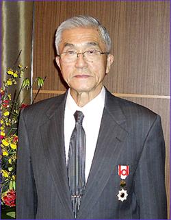 長年のパートナーである東京共同貿易主催の叙勲祝賀会に出席した金井氏