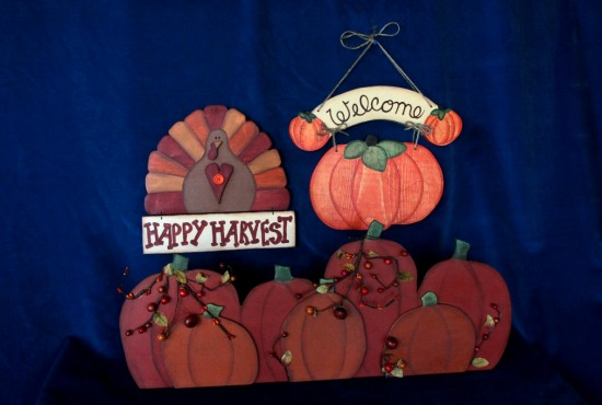 A festive Thanksgiving tole painted welcome montage is crafted by Walnut Creek's Susan Becker. (Courtesy of Bunny Creek Designs)