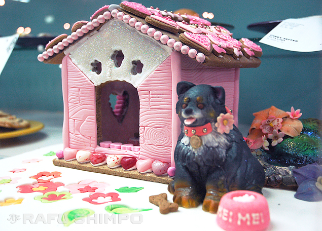 """Forever Home"" by Virginia Ishida took first place in the edible art category at this year's Los Angeles County Fair. It is a tribute to the lovable shelter dog Ishida adopted last year. (Photos by MIKEY HIRANO CULROSS/Rafu Shimpo)"