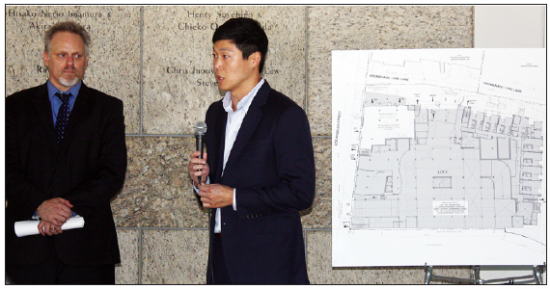 William Lee (right) and Chris Murray, representing AvalonBay Communities Inc., make a presentation on AVA Little Tokyo before the Little Tokyo Community Council on Sept. 24. (GWEN MURANAKA/Rafu Shimpo)
