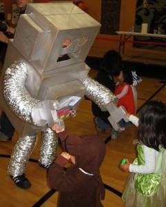 A friendly robot at a previous JCCCNC Halloween party. (Photo by J.K. Yamamoto)