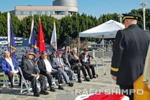 Brigadier General Keith Jones, commander of the 40th Infantry Division, addresses the Nisei veterans, who received the French Legion of Honor Medal on Nov. 9 in Little Tokyo. (MIKEY HIRANO CULROSS/Rafu Shimpo)