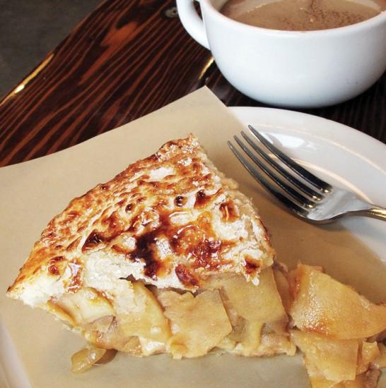 pie hole-apple
