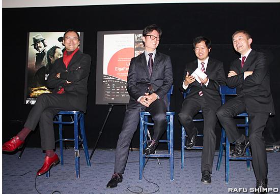 観客からの質疑応答に答える(左から)渡辺謙、李相日監督、石田雄治プロデューサー(右端)