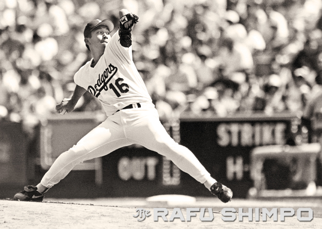 "At the the center of ""Nomomania,"" the quiet pitcher from Japan confounded hitters with his unorthodox delivery and an arsenal of pitches that included the wobbling, diving forkball. (MARIO G. REYES/Rafu Shimpo)"