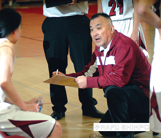In his first year as head coach, Kikuchi guided the Lady Aztecs to a 27-7 overall record and took the Almont League title.