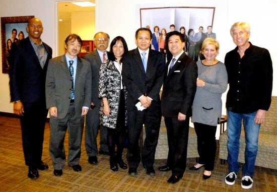 From left: ABC VP of Diversity Tim McNeal, Guy Aoki (MANAA, APAMC), Eugene Moy (Chinese American Citizens Alliance), Priscilla Ouchida (JACL, APAMC), Haipei Shue (National Council of Chinese Americans), Daniel Mayeda (East West Players, APAMC), ABC Broadcast Standards & Practices SVP Olivia Cohen-Cutler, and ABC Global HR SVP Steve Milovich.