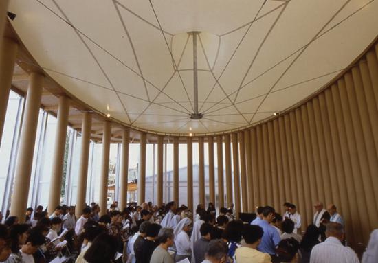 Shigeru Ban's Paper Church, Kobe, 1995 (Photo by Hiroyuki Hirai)