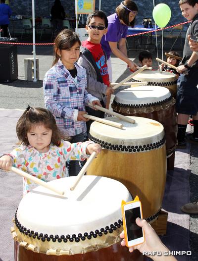 little drummers
