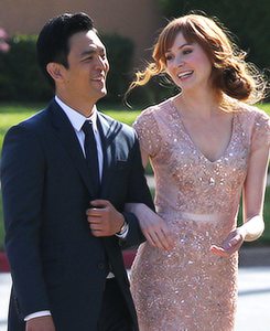 "John Cho and Gillian in ABC's ""Selfie."""