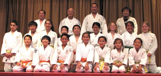 Gardena Judo Group at 2014 Fujimatsuri. (Rafu Shimpo photo)