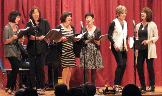 A scene from last year's recital. (J.K. YAMAMOTO/Rafu Shimpo)