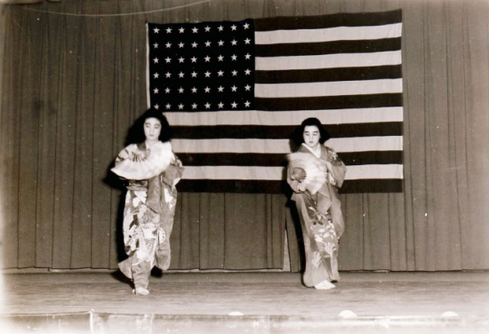 Sets Abe Hirano (left) and younger sister Edith dancing buyo at Topaz. (Courtesy of Setsuko Hirano)