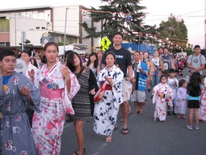 Dancers at last year's San Jose Obon Festival. (Rafu Shimpo photo)
