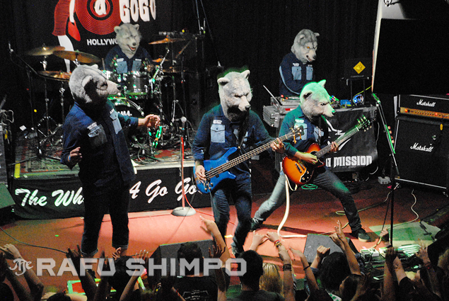 From left, Tokyo Tanaka, Spear Ribs, Kamikaza Boy, DJ Santa Monica (rear) and Jean-Ken Johnny of Man With a Mission perform at the Whisky A Go Go in West Hollywood last Thursday. (Photo by MIKEY HIRANO CULROSS/Rafu Shimpo)