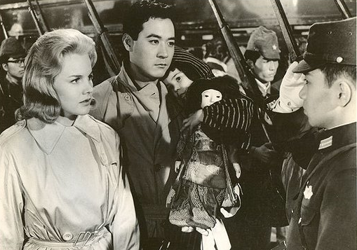 "In ""A Bridge to the Sun,"" James Shigeta and Carroll Baker played a real-life couple, Yasunari and Gwen Terasaki."