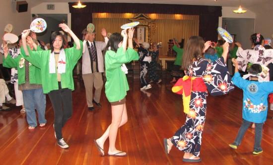 Dancers at last year's Marin Obon Odori. (J.K. YAMAMOTO/Rafu Shimpo)