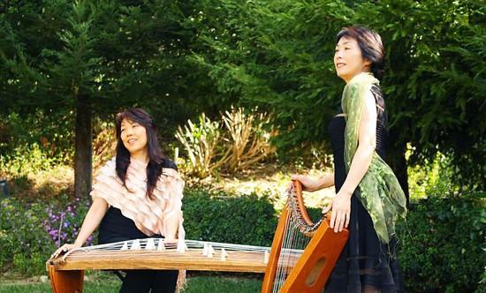 Koto master Saeko Kujiraoka and harpist Hitomi Suzuki will perfom Saturday at Takuya Japanese Restaurant in Pasadena.