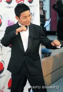 """America's Got Talent"" winner Kenichi Ebina strikes a pose for camera's at the Egyptian."