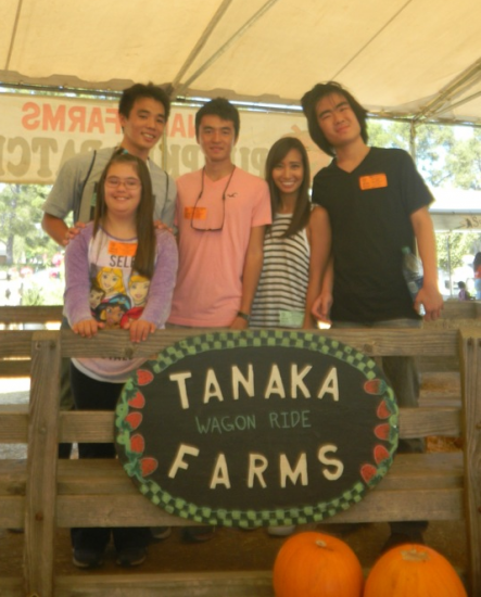 Rising Stars alumni Taito Ozaki (RS 8) and Ashley Honma (RS 3) on the Tanaka Farms wagon ride with buddies Leah, Felix, and Taisho.