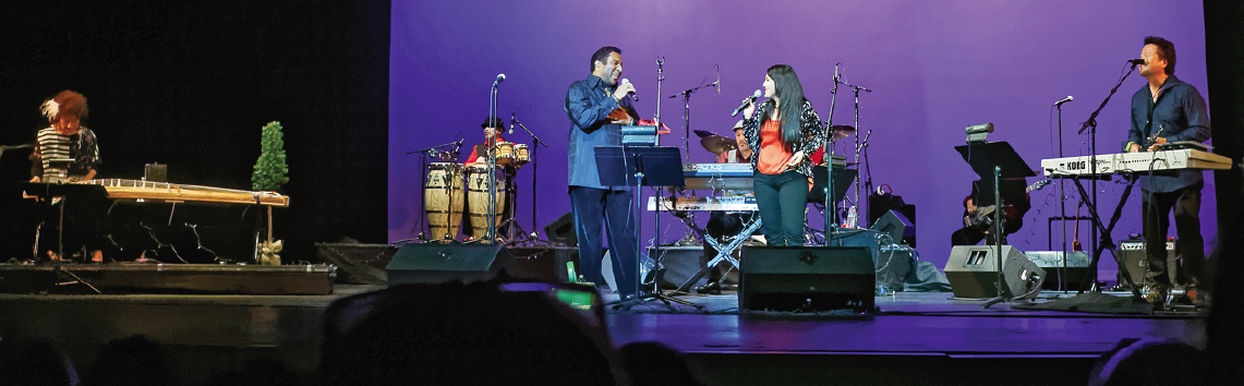 Terry Steele and Yvette Nii perform with Hiroshima at the Aratani Theatre in Little Tokyo on Dec. 13. (Photo by Ken Uyeda Fong)