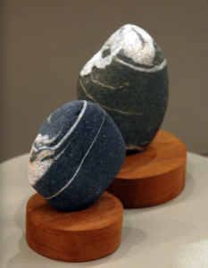 viewing stones