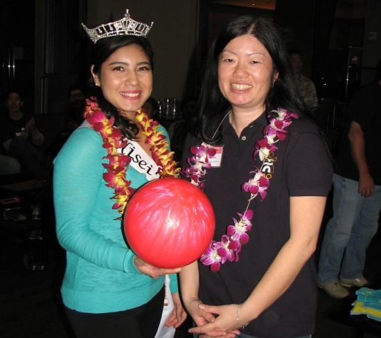 2014 Nisei Week Queen Tori Nishinaka-Leon and Japanese American Optimist Club President Joyce Nakashima.