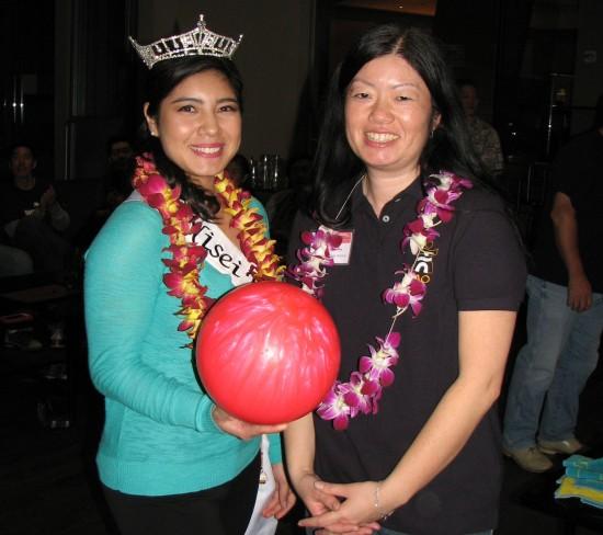 2014 Nisei Week Queen Tori Nishinaka-Leon and Japanese American Optimist Club President Joyce Nakashima.