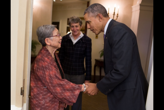 President Obama greets June Kurahara of JCCH as Interior Secretary Sally Jewell looks on. (White House photo)