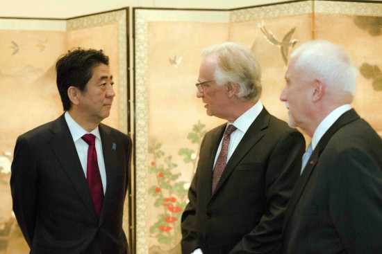 Prime Minister Shinzo Abe with Julian Raby, director of the Freer and Sackler, and James Ulak, senior curator of Japanese art, in front of a rare Japanese painted screen at the Freer Gallery of Art on April 29. (Photo courtesy the Freer and Sackler Galleries)