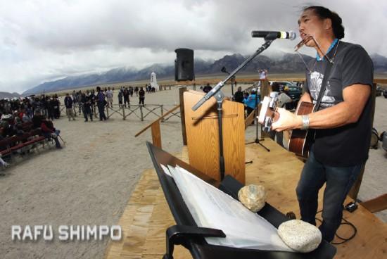 Sedona, Ariz.-based singer Ken Koshio performs.