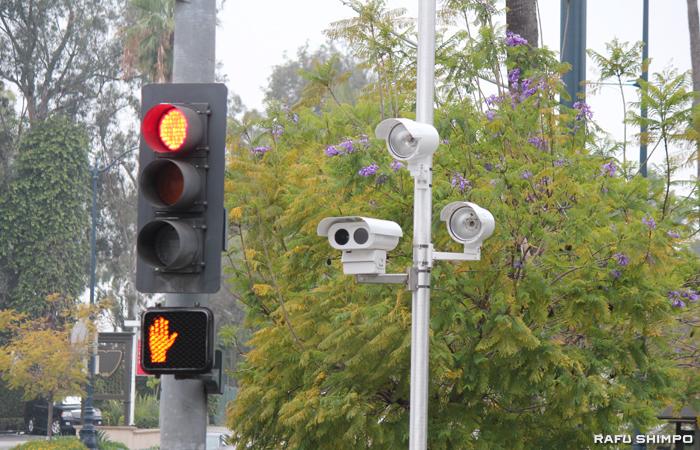 ビバリーヒルズ市内に設置されている信号無視監視カメラ