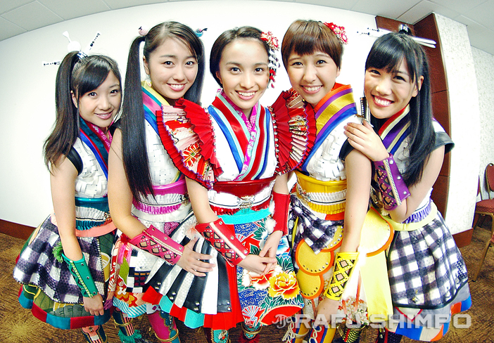 Gathering for a press conference Wednesday are Momoiro Clover Z members (from left) Momoka Ariyasu, Ayaka Sasaki, Kanako Momota, Shiori Tamai and Reni Takagi. The Japanese pop stars will perform tonight in their first U.S. concert, at the 2015 Anime Expo. (MIKEY HIRANO CULROSS/Rafu Shimpo)