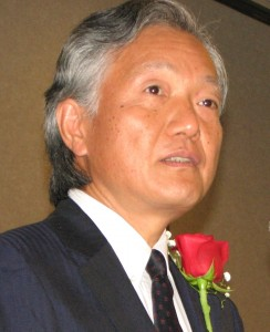 Consul General Harry Horinouchi