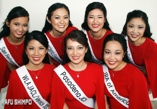 The 2015 Nisei Week Queen candidates made their official debut on Sunday at the Nisei Week Opening Ceremony at the Japanese American National Museum. Back row (from left): Kelsey Kwong, Camryn Sugita, Sara Hutter and Tamara Teragawa; front row (from left): Michelle Hanabusa, Veronica Ota and Karen Mizoguchi. (MARIO G. REYES/Rafu Shimpo)