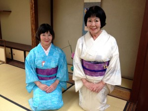 Fumi Akutagawa (right) and her sister Yaeko Hosobuchi, both tea ceremony instructors