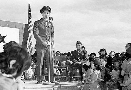 Ben Kuroki responding to a speech of welcome given by Project Director Guy Robertson and representatives of the Community Council upon his arrival at Heart Mountain on April 24, 1944.