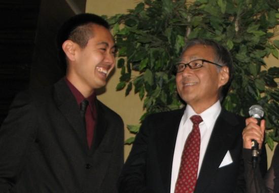Thomas Yamamoto (left) and Shunzo Kotani at last year's A3M gala. Kotani received a life-saving marrow transplant from Yamamoto. (J.K. YAMAMOTO/Rafu Shimpo)
