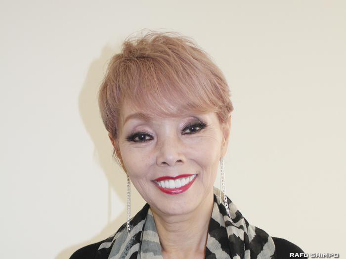 芸能生活45周年を迎えた研ナオコさん。歌手、女優、タレント、コメディエンヌとして活躍し、代表曲に「あばよ」「かもめはかもめ」などがある