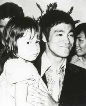 Bruce Lee with daughter Shannon.