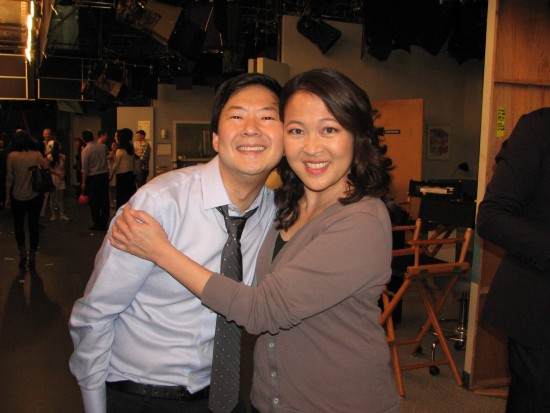 "Ken Jeong and Suzy Nakamura on the set of ""Dr. Ken"" at Sony Studios. (J.K. YAMAMOTO/Rafu Shimpo)"