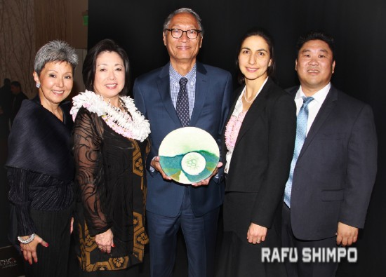 From left: LTSC President Debra Nakatomi, honoree Nancy Matsui of American Airlines, honoree Bruce Saito of California Conservation Corps, Sonia Rahm of Corporate Citizen Award recipient Citi, and LTSC Executive Director Dean Matsubayashi. (MARIO G. REYES/Rafu Shimpo)