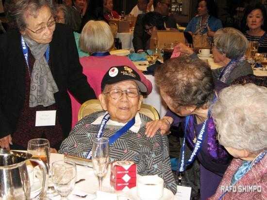At 98, Kenji Yamamoto was the oldest attendee. (J.K. YAMAMOTO/Rafu Shimpo)