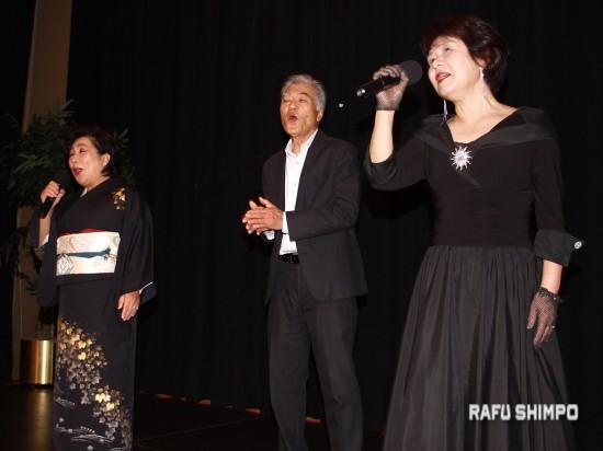 L.A. Kayo Club performed.(MARIO G. REYES/Rafu Shimpo)