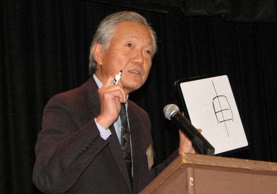 """Consul General Hidehisa Horinouchi discusses how to write """"Year of the Monkey"""" in kanji."""